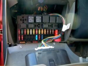 Предохранители лада калина монтажный блок предохранителей и реле.  Схема отопительные электрические системы.